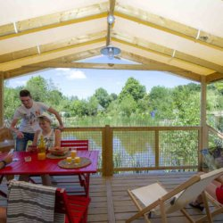 camping-guyonniere-vendee-terrasse