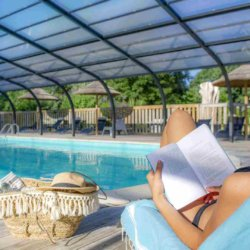 camping-vendee-lecture-piscine