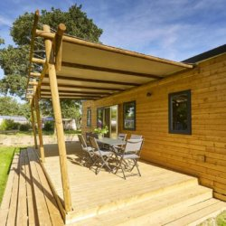 camping-guyonniere-vendee-mobil-home-terrasse