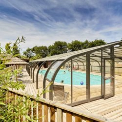 camping-vendee-piscine-couverte-chauffee-exterieur
